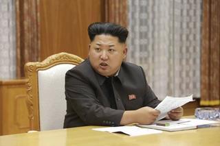 20150826 金正恩=朝鮮中央通信 ロイター.jpg